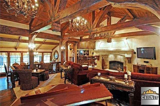 drake-living-room