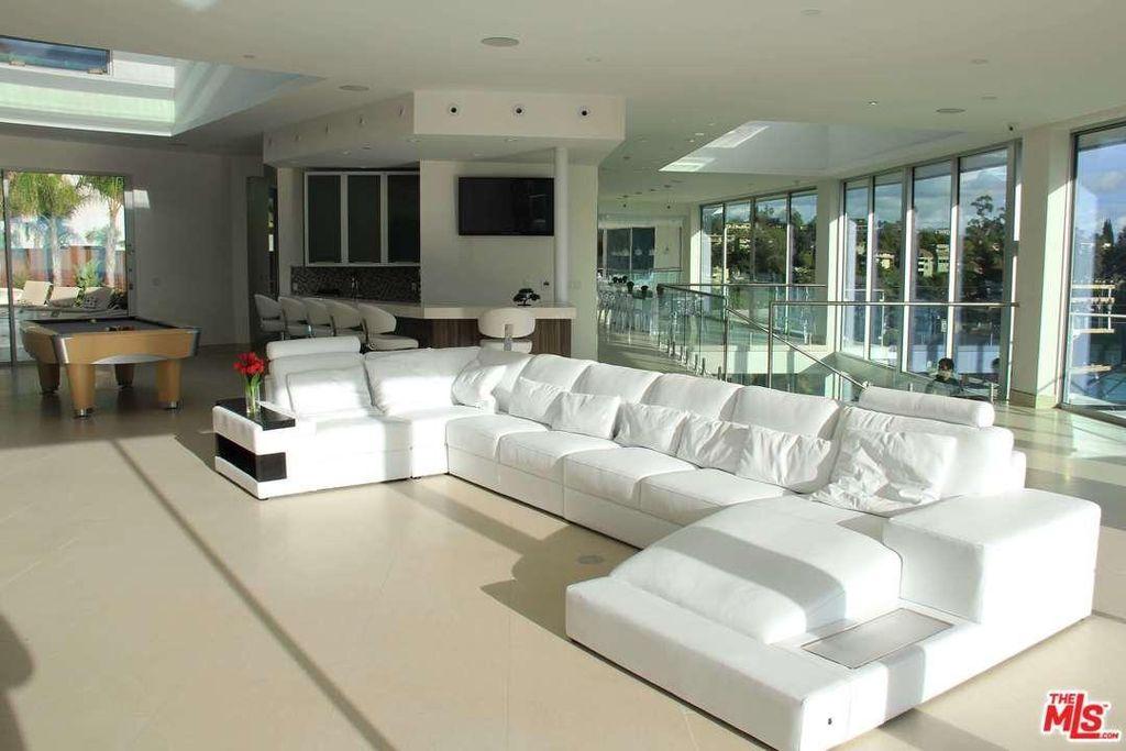 Sqft Living Room