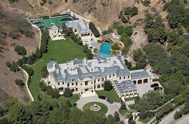 Mark-Wahlberg-House-2