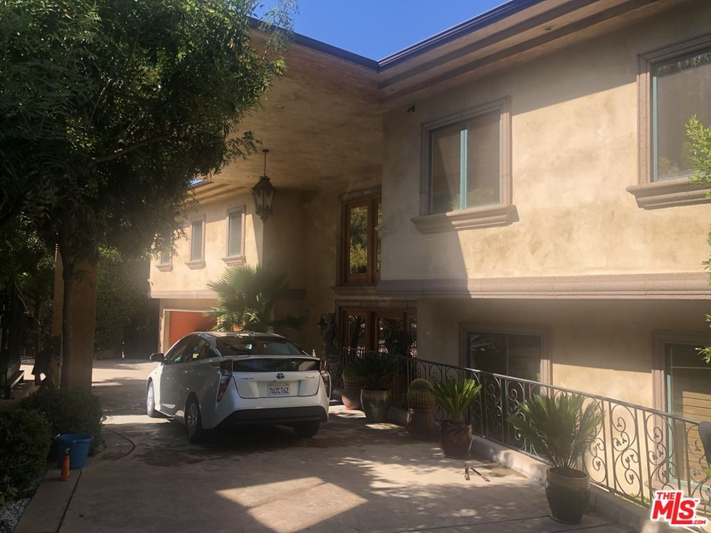 Nelk Boys New Full Send House They Just Moved Into Is Huge Find out how much money steve wozniak has and how he did it. nelk boys new full send house they just